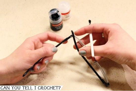 Glasses Makeover Crochet Hold