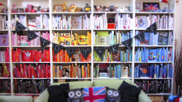Cut-out-and-keep-colourful-bookcase